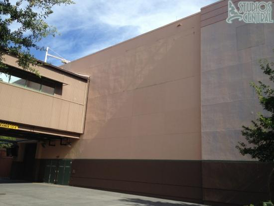 This side of Captain Jack Sparrow Experience has not been painted but billboard has been removed