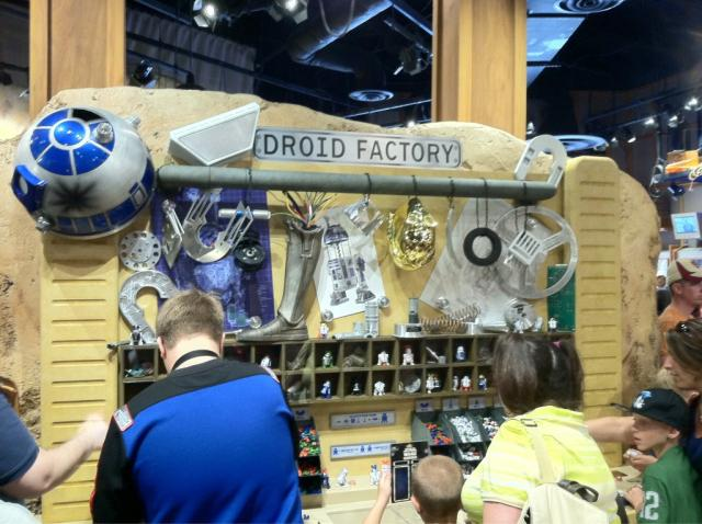 Droid Factory now open inside Tatooine Traders