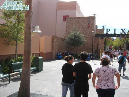 The outdoor Prince Caspian meet-n-greet is gone