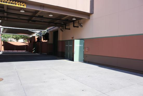 No visible work done at Captain Jack Sparrow Experience